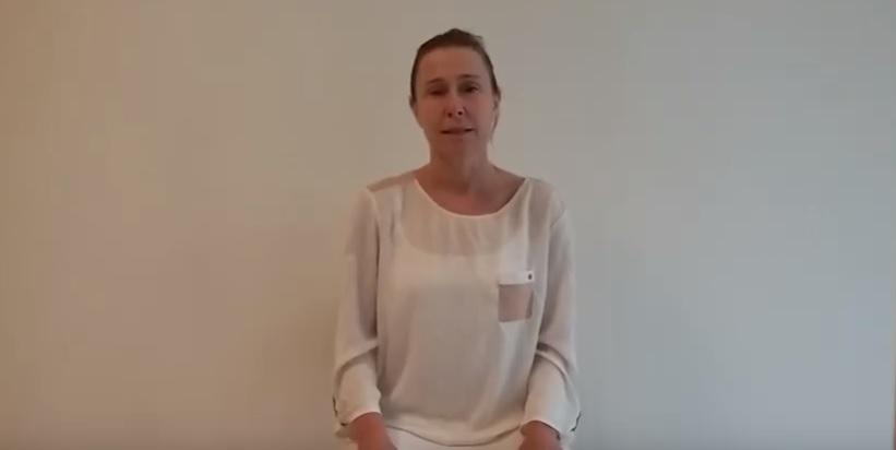 Lugnande yogapass och för ryggproblem